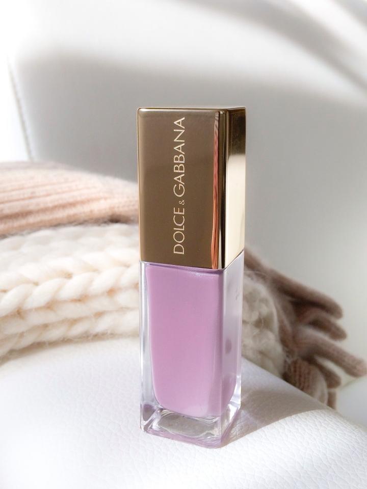 D&G nail polish lilac
