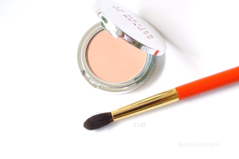 Hakuhodo S142 eyeshadow blender brush