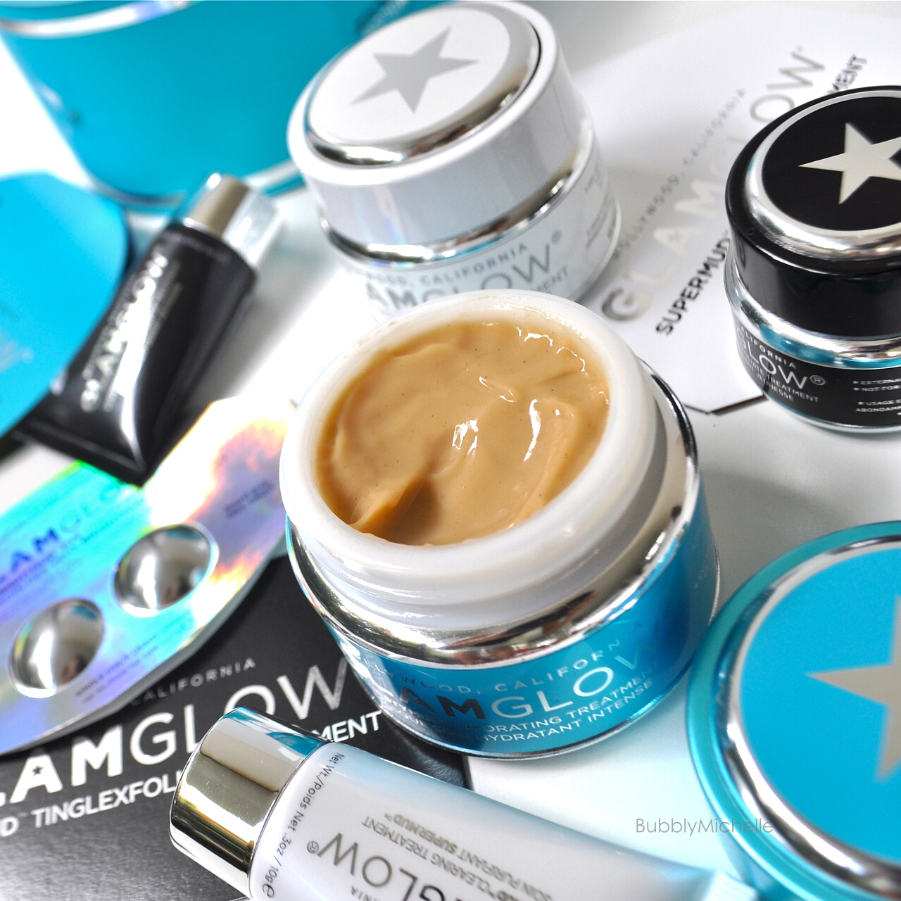 「 GlamGlow - ThirstyMud™ Hydrating Treatment」的圖片搜尋結果