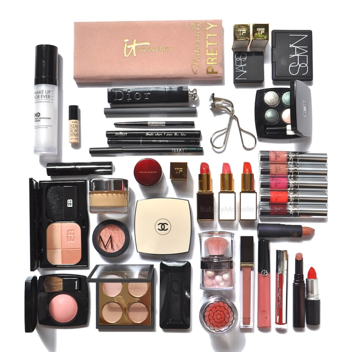 Travel packing makeup