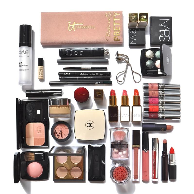 Travel packing makeup