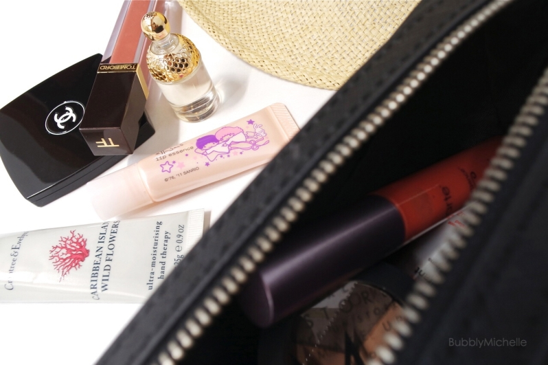 makeup bag guerlain tom ford ettusais