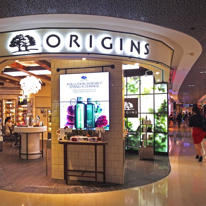 Guided tour around the brand new Origins store at Ion!