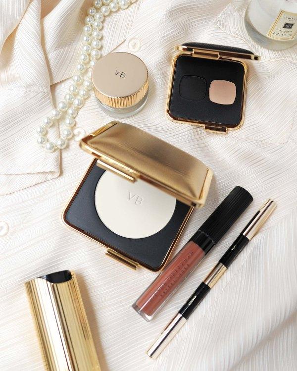 Victoria Beckham, Estee Lauder, Skin Perfecting Powder